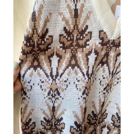 made in Italy V neck design knit