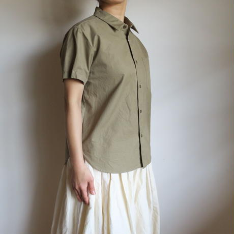 YAECA WRITE WOMEN ボタンシャツ S/S FAWN 91108