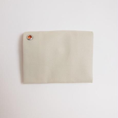 "Be prepared ""Simple things"" multi case off white"