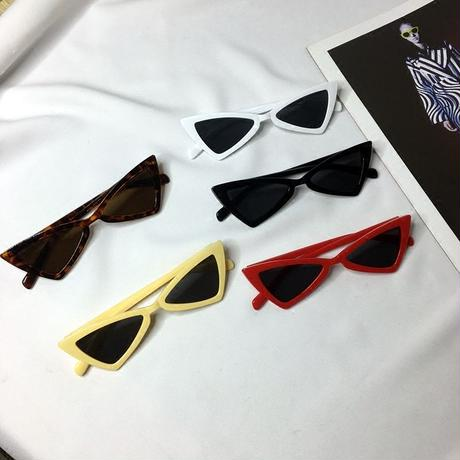 TRIANGLE  CAT EYES SUNGLASS  4COLORS