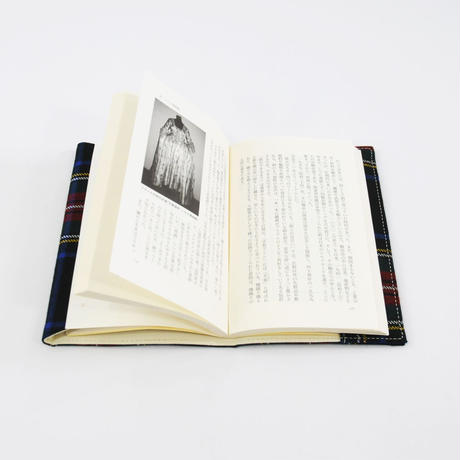 LOCHCARRON TARTAN BOOKCOVER 新書