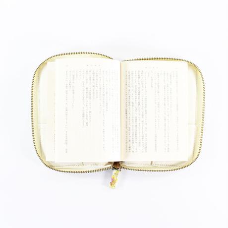 LIBERTY PRINT BOOK POUCH