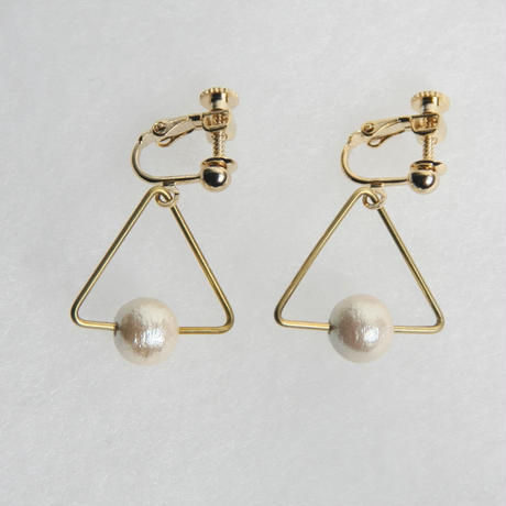 sankaku pearl earring [VE-001k]