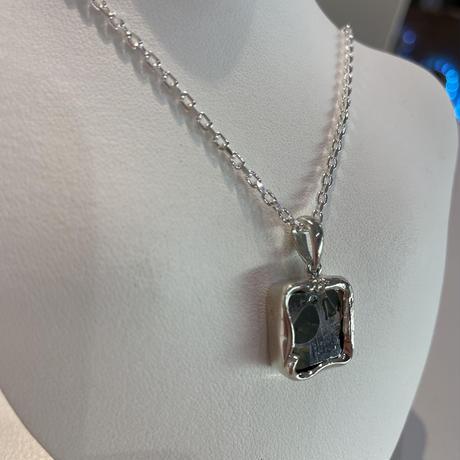 イミラックパラサイト隕石®️シルバーネックレス