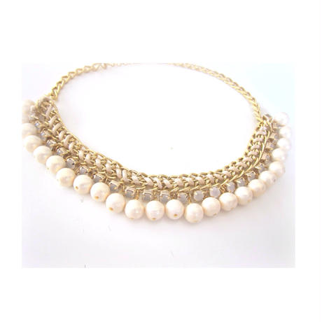 Cotton pearl and Chain necklace