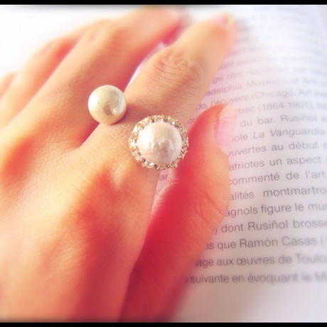 Twin Pearl Ring with Christal