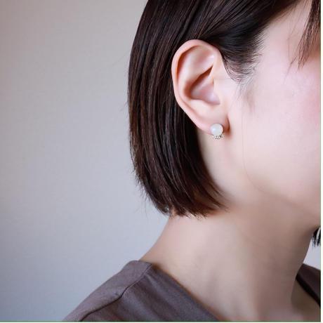 天然石macaronピアス/イヤリング【ホワイトムーンストーン】