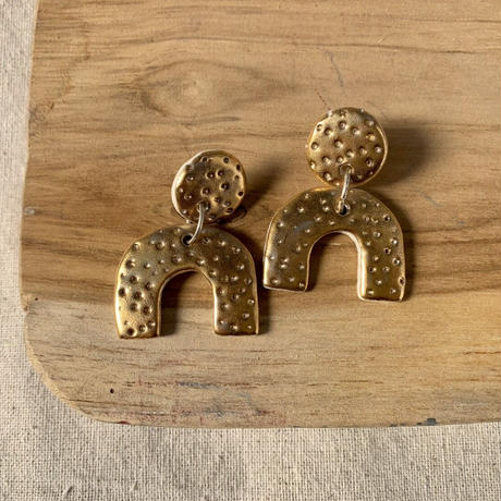 RARA studio gold dots pierce