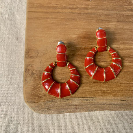 USED happy color pierce (red)