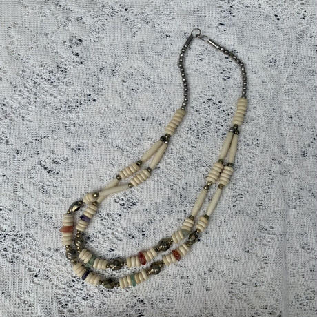 USED beads necklace
