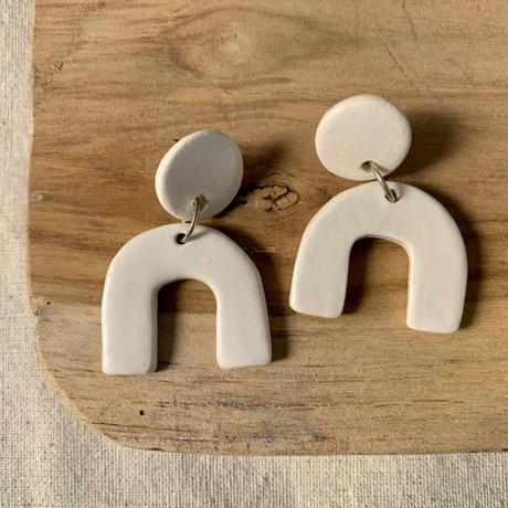 RARA studio white pierce