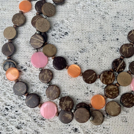 USED wood necklace