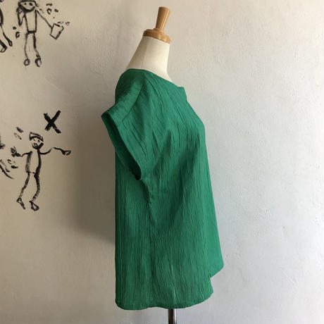 lady's green  color simple tops
