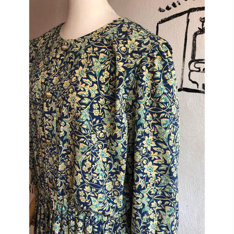 lady's wing shoulder floral pattern one-piece