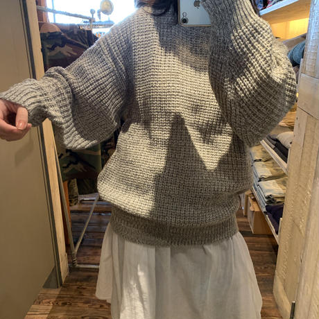 lady's  gray volume knit tops