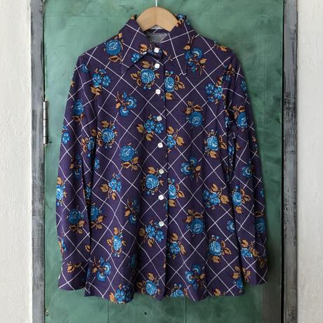 lady's 1970's vintage plaid&flower  pattern blouse