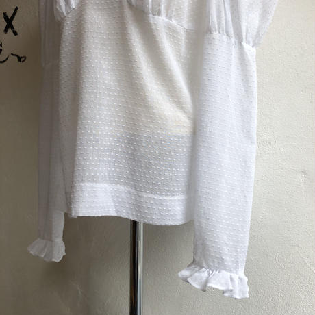 lady's 1970's vintage  puff sleeve&ruffle blouse