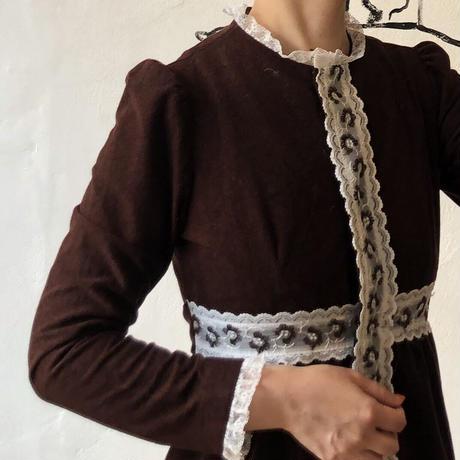 lady's 1970's vintage lace design maxi length one-piece