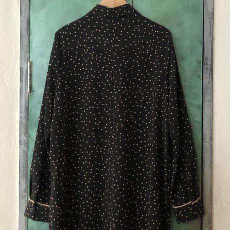 lady's dot pattern shirt one-piece
