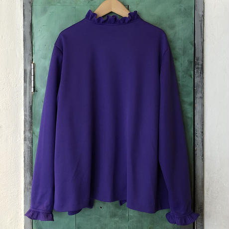 lady's purple frill gown