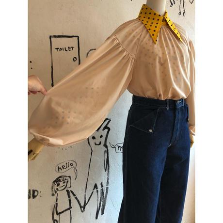 lady's volume sleeve top
