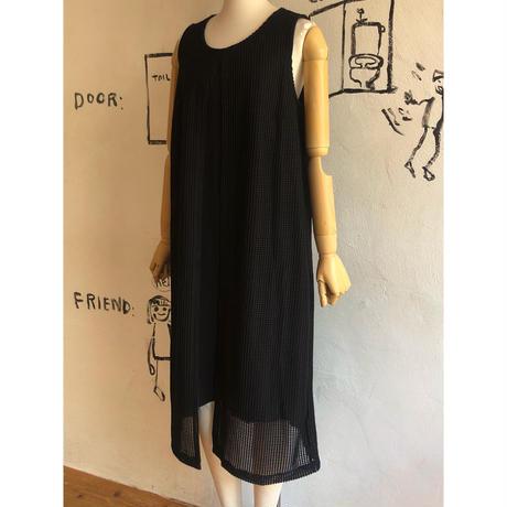 lady's layered style sleeve less black dress