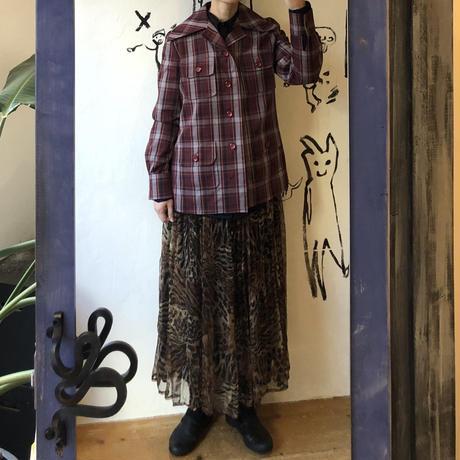 lady's plaid  pattern jacket