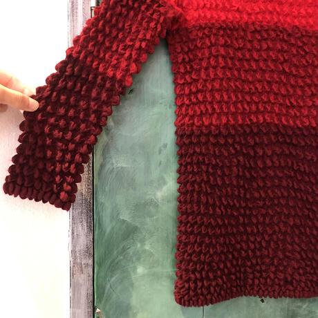 lady's gradation high neck knit bubble top