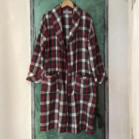 lady's pajamas gown