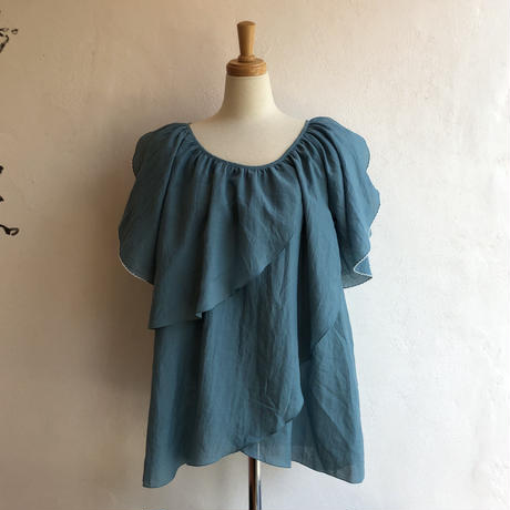 lady's petal sleeve tops