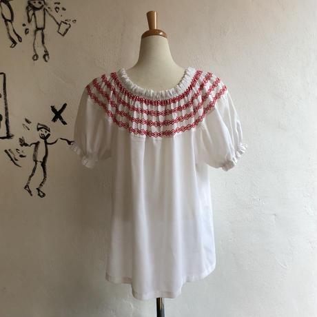 lady's shirring design tops
