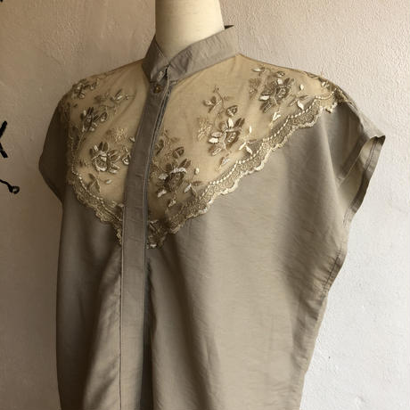 lady's lace design stand collar blouse