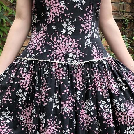 lady's 1950's vintage floral pattern low waist dress