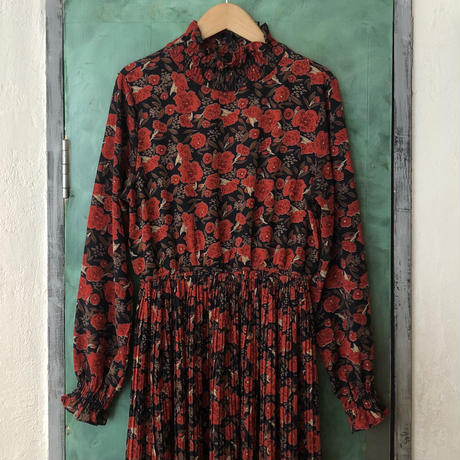 lady's floral pattern one-piece