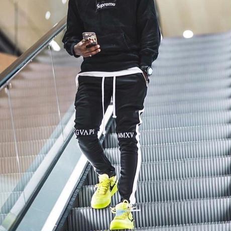 GUAPI/Track Pants BLACK  (white line)