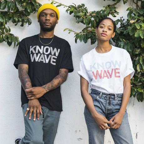 Know Wave/Logo Tシャツ ブラック