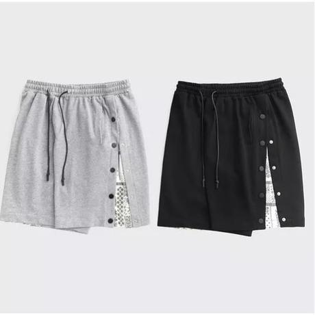 WOSS.official/BANDANA button Shorts