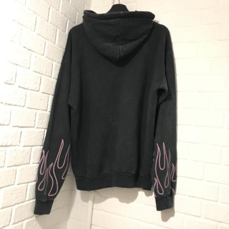 BOOHOO /Graffiti Flame Hoodie Washed BLACK