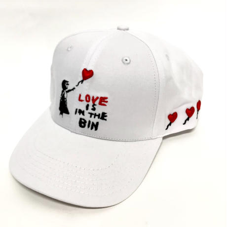 "Mismatch NYC/ ""Love is in the bin"" Cap  White"