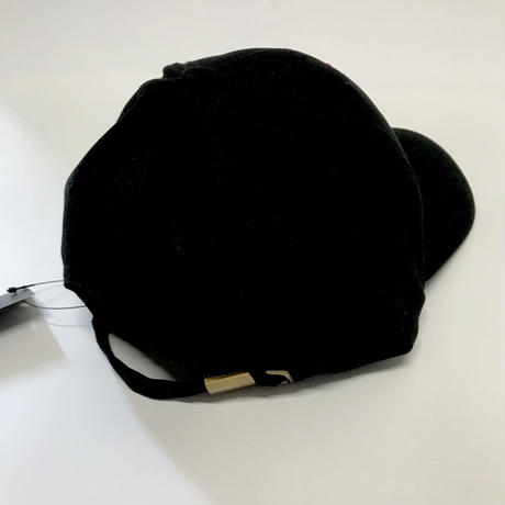"Mismatch NYC/ ""Love is in the bin"" Cap  black"
