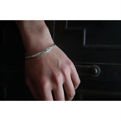 TUAREG JEWELRY :  TUAREG SILVER BANGLE 02