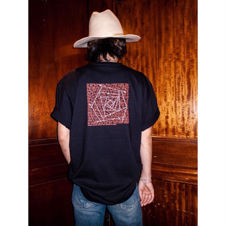 "S.i.m : Rose Red ""ROMANCE"" Pullover Tee"
