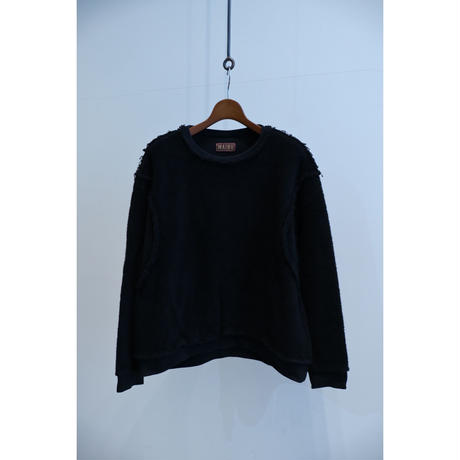 MAINU : THUMBS ARMHOLE CREW NECK