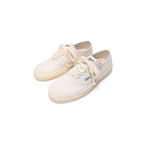 Maison Mihara Yasuhiro【General Scale】(WOMENS)  PAST Sole 5 - Hole Low-top Sneaker