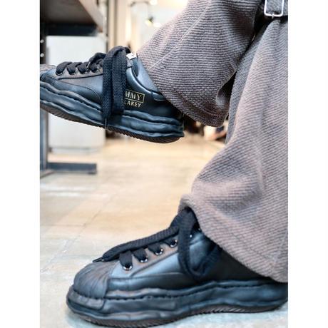 "Maison MIHARA YASUHIRO : ""BLAKEY"" OG Sole Leather Low-top Sneaker"