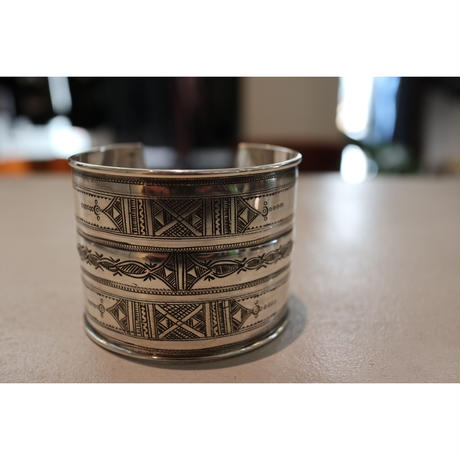TUAREG JEWELRY : TUAREG SILVER PRATE BANGLE 02