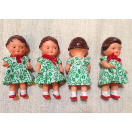 ARI緑の花柄ワンピの女の子861