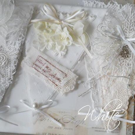 White lace collage ガーランドのみ