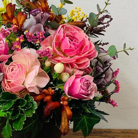 【2月・3月限定】季節の花のアレンジメント(M)