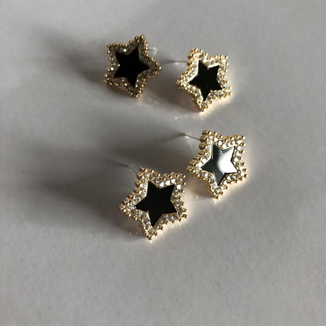blackSTAR×W frame pierce